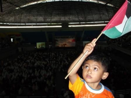 Mas Oza : save palestina!!!!!