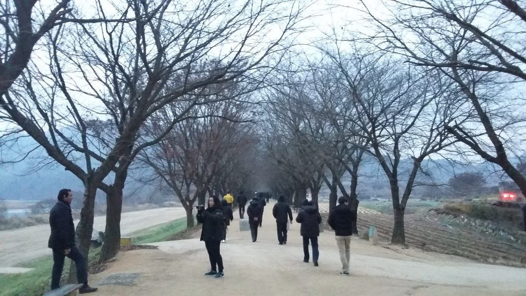 Jalan di pinggir sungai Nakdong